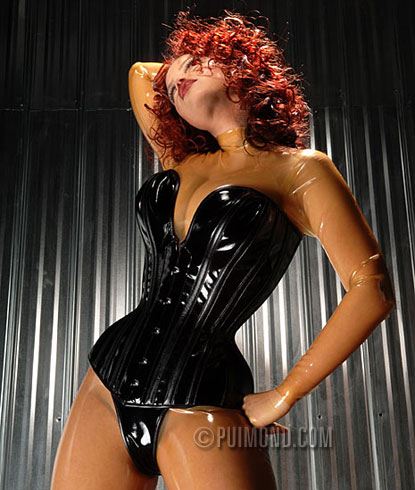 Photo by Martin Perreault (Model: Bianca Beauchamp)